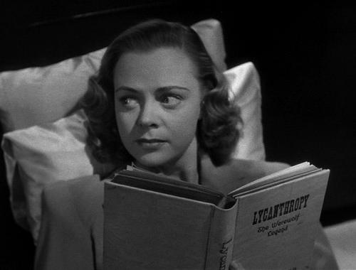 june-lockhart-jean-yarbrough-she-wolf-of-london-1946.JPG