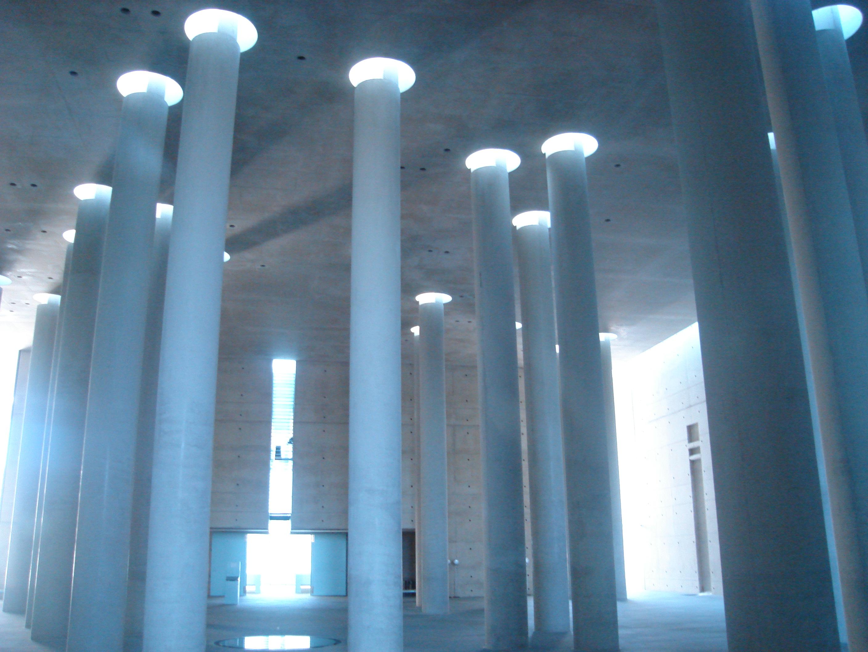 A_Schultes_Krematorium_Baumschulenweg_Berlin_inside1