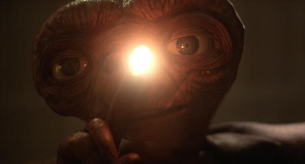 1982 - E.T. - Steven Spielberg