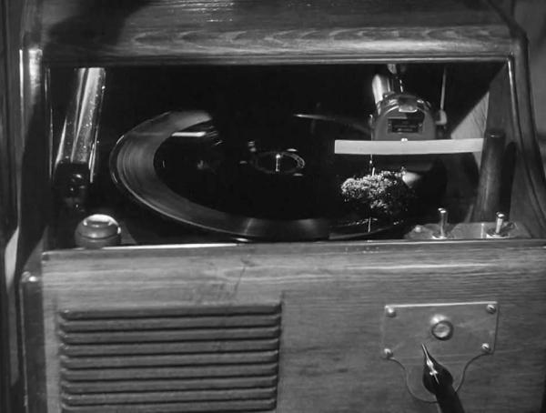 1947 - My Favorite Brunette - Elliot Nugent