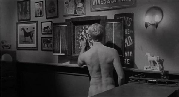 spiegel selbst erschossen nackt